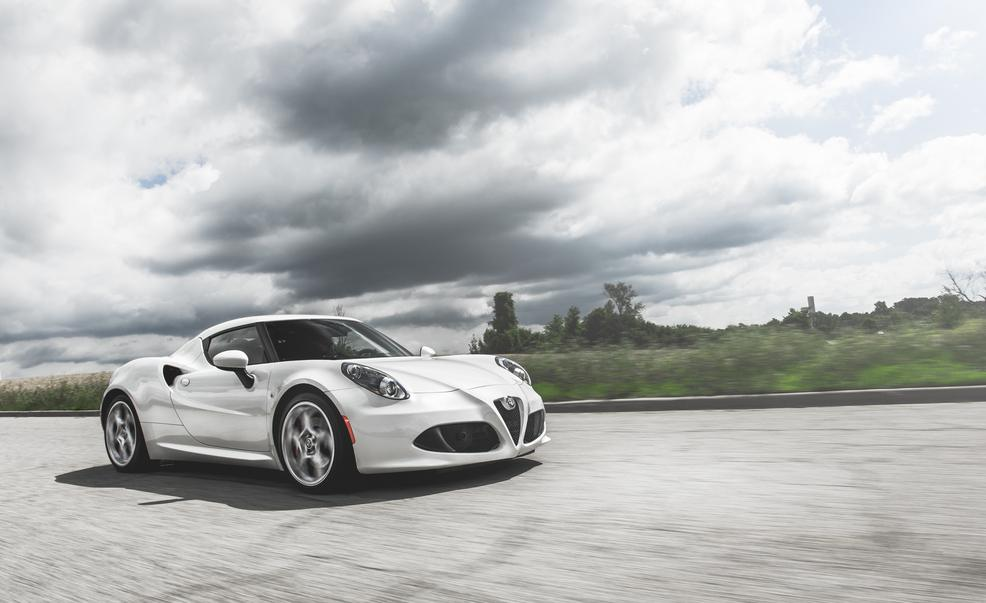 alfa-romeo-4c-photo-614859-s-986x603
